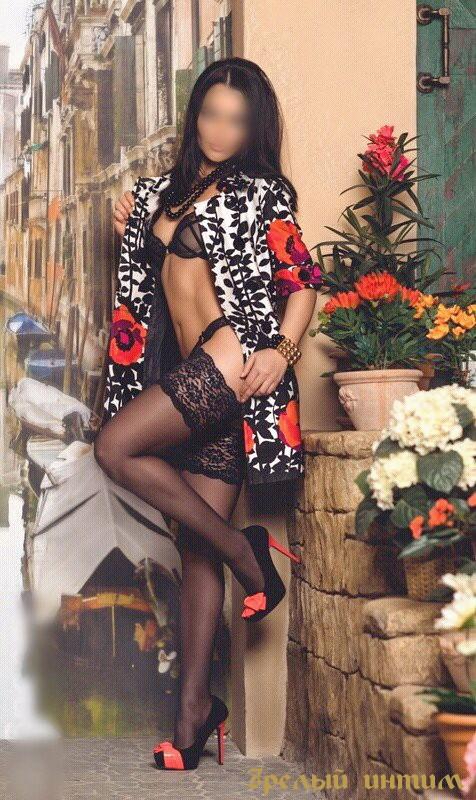 Бабзи, 34 года - секс в одежде